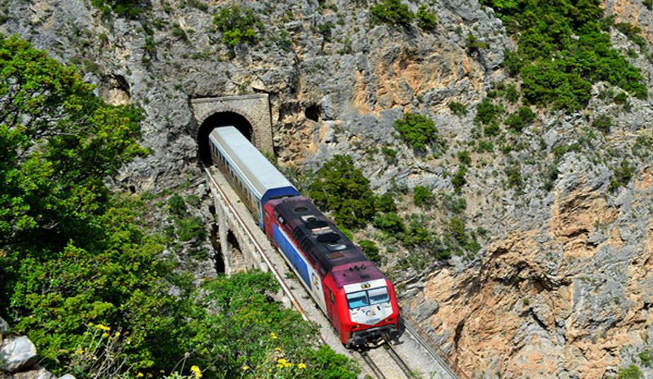 1 Day Tour to Monasteries of Meteora by Train! Alternative tour to Meteora