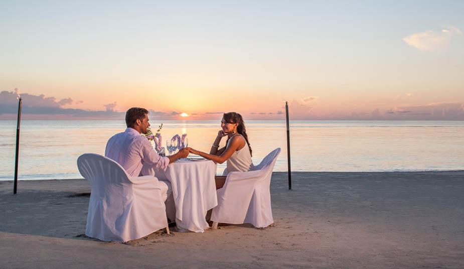10 Day Honeymoon Tour Package in Greek Islands Crete, Santorini, Mykonos