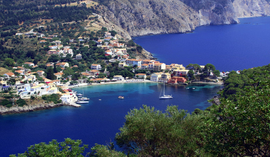 10 Day Tour at Ionian Islands, Zakynthos, Kefalonia, Lefkada Island from Athens