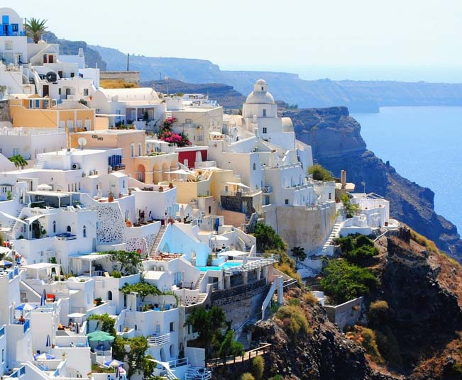 10 Day Tour at the Best of Greece, Olympia, Meteora, Delphi & Santorini
