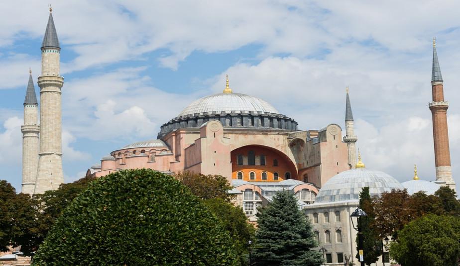 11 Day Tour Santorini & Turkey, Ottoman Palaces & Tours in Byzantine Churches