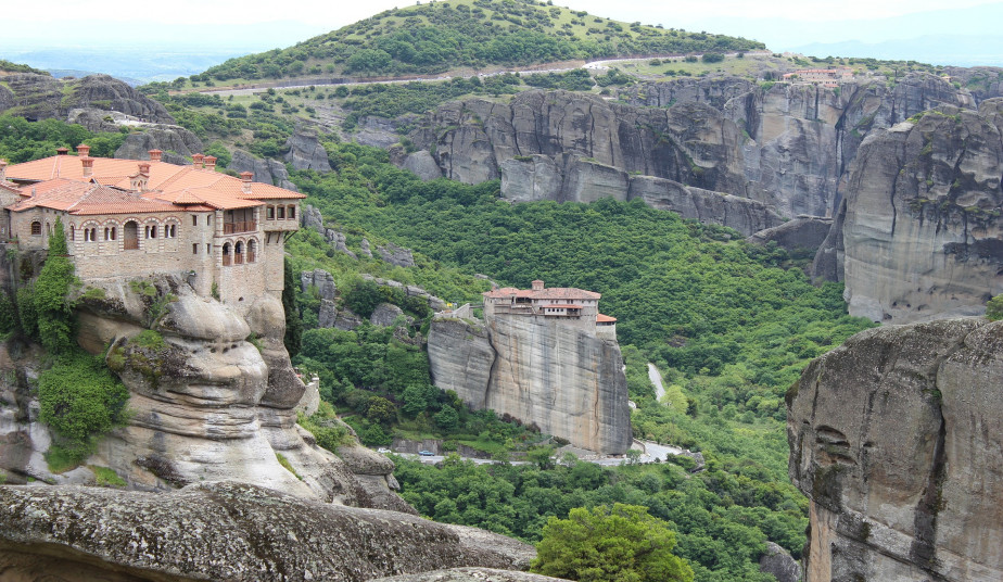 3 Day  Private Christian Tour to Delphi, Monasteries of Meteora from Athens