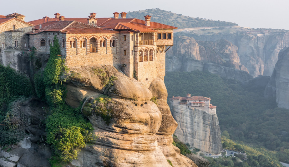 3-Day Private Tour Greece, Delphi, Ancient Olympia & Tour in Meteora