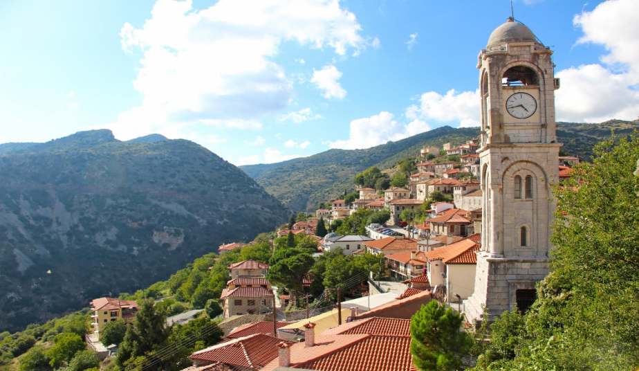 3-Day Classical Tour Greece, Delphi, Ancient Olympia & Tour in Meteora