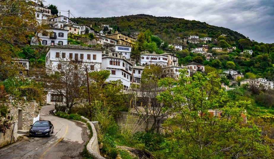 5 Day Alternative Tour in Ancient Greece with Mountains & Picturesque Villages