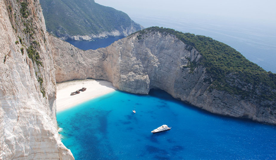 5 Days Classical Tour Greece: Argolis, Delphi, Meteora & Zakynthos Islands