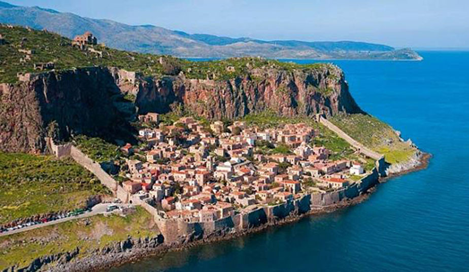 5 Day Special Tour Monemvasia, Sparta, Mystras, Diros Caves, Argolis, Delphi