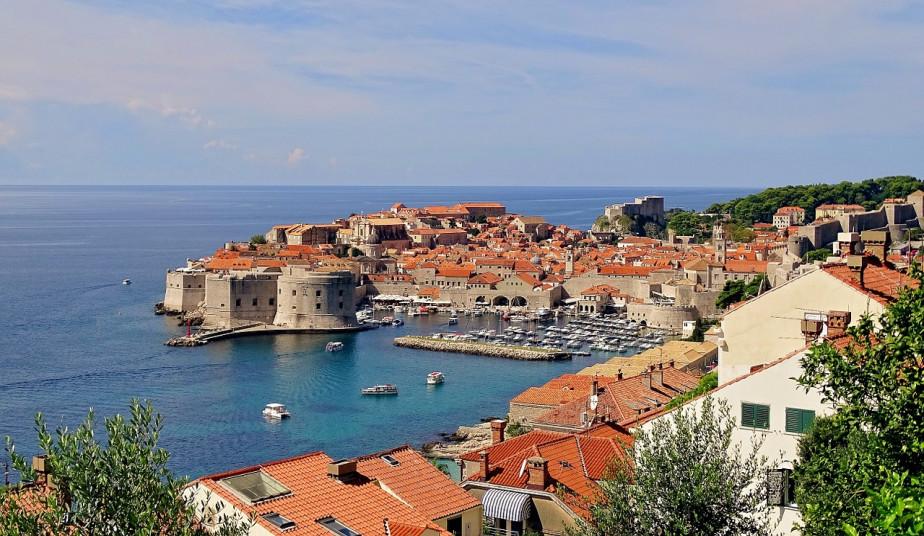 5 Nights Adriatic Cruise Tour, Katakolon, Corfu, Dubrovnik, Montenegro, Venice