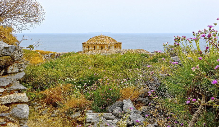 6 Day Tour to Ancient Greece to explore Peloponnese, Mythical Paths & Castles