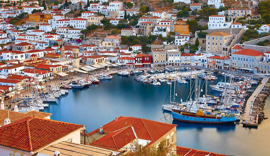 6 day Greek Tour Package to Santorini, Delphi,  Athens & Saronic Islands Cruise