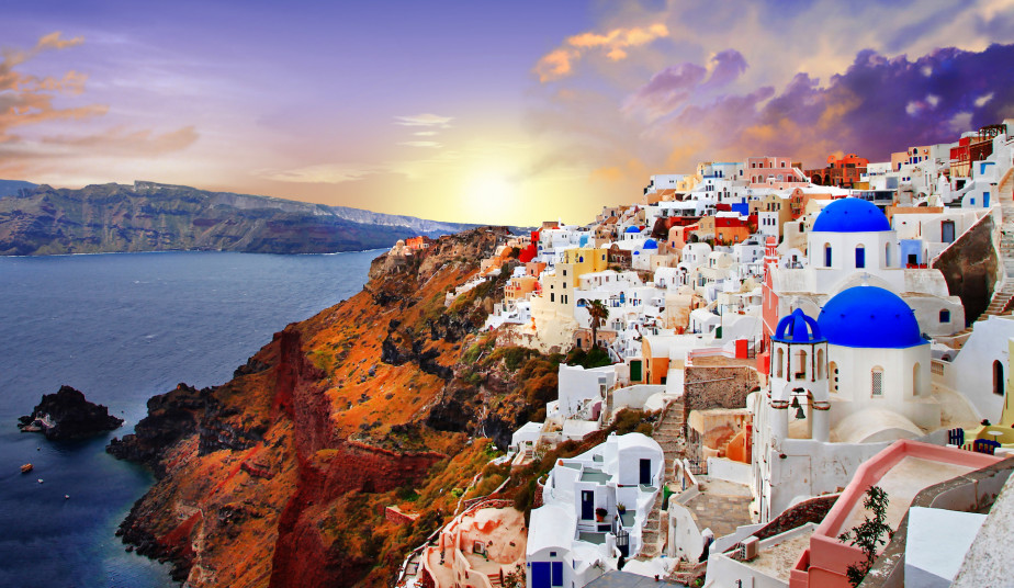 6 Day Vacation Package to Santorini from Athens with Cruise to Volcano