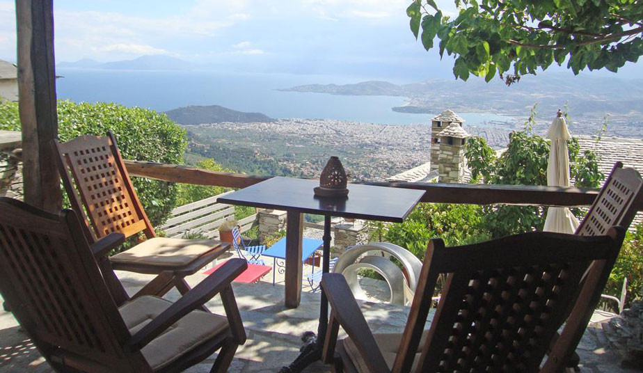 7 Days Classical Tour in Greece: Delphi - Meteora - Pelion, Skiathos Island