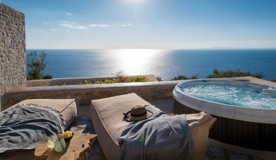 9 Day Luxury Tour Peloponnese, Greece to Mani & Monemvasia's Historic Gems