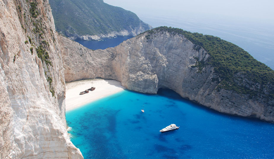 5 Day Classical Tour Greece: Argolis, Delphi, Meteora & Tour in Zakynthos Island