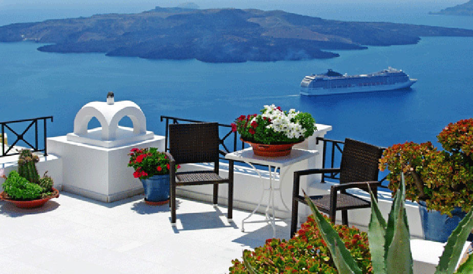 13 Days Tours in Greek Islands: Visit Classical Greece, Mykonos & Santorini!