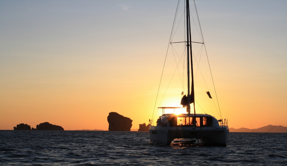 Semi-Private Sunset cruise tour to Milo's hidden beaches with luxury catamaran