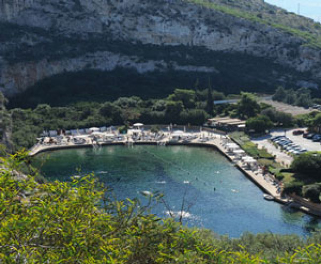 Private Tour in Athens and tour at the Lake of Vouliagmenis & Fish Spa