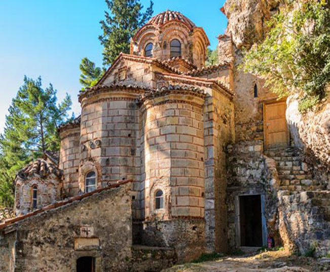 One Day Tour to Ancient Sparta, Mystras & Memorial of Leonidas from Athens