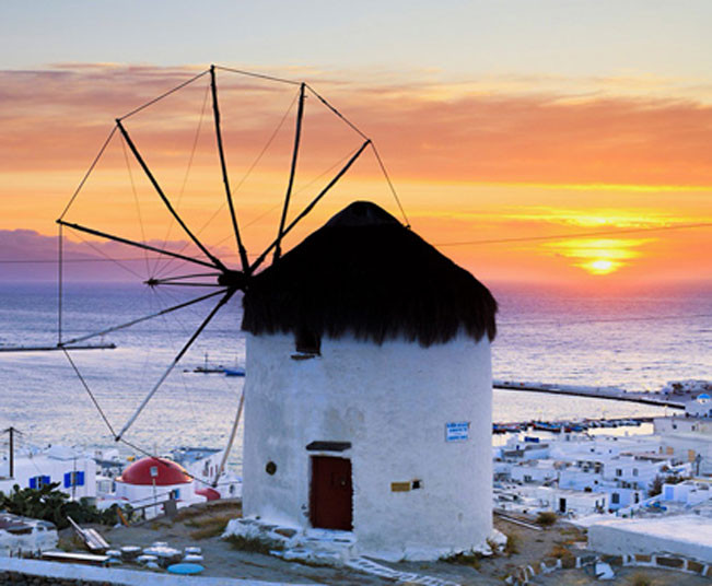 9 day Greek Islands Holiday Package: Athens, Mykonos with Delos Cruise Tour in Santorini, Cruise to Volcano