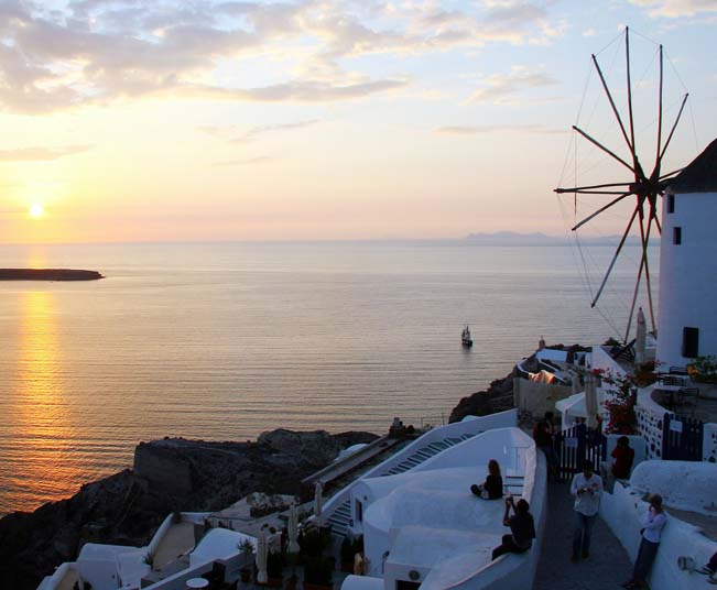 Group Tour in Santorini, Excavation of Akrotiri, Traditional Villages & Wine Tour