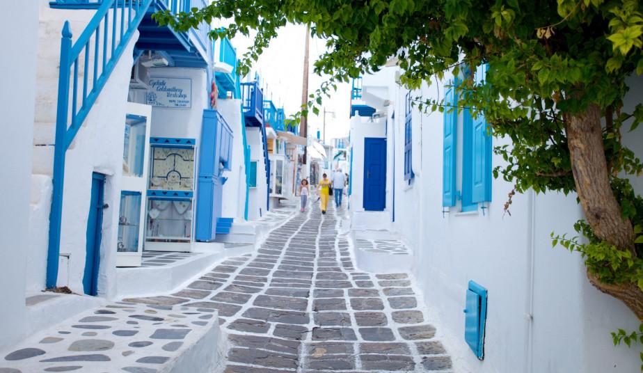 Private Shore Excursion Mykonos, Walking Tour, Beaches & Villages Tour