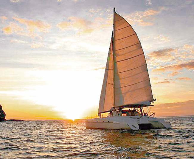 Semi-Private Sunset Cruise Mykonos Adults-Only, a Perfect Date Idea!